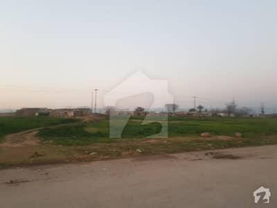 Main Road Of Back Pindi I-12/1 Pindi Face Ideal Location 30x60