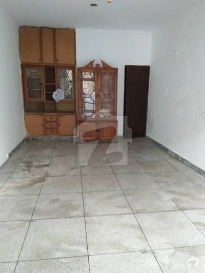 Raza Property Advisor Offer 7 Marla Lower Portion Available For Rent At Garhi Shahu Larex Colony