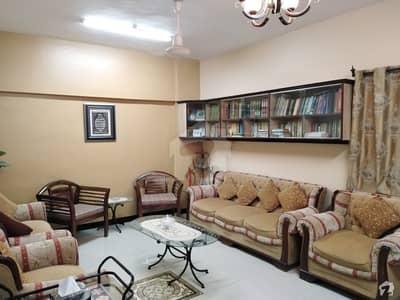 گلشنِ اقبال - بلاک 7 گلشنِ اقبال گلشنِ اقبال ٹاؤن کراچی میں 2 کمروں کا 4 مرلہ فلیٹ 85 لاکھ میں برائے فروخت۔