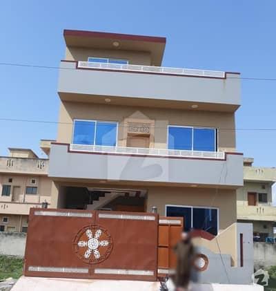 جی ۔ 14/4 جی ۔ 14 اسلام آباد میں 4 کمروں کا 4 مرلہ مکان 1.6 کروڑ میں برائے فروخت۔