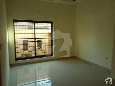 Lower Portion Of 5 Marla House Available In Canal Garden Lahore