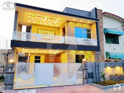 Luxury 11 Marla Designer House For Sale