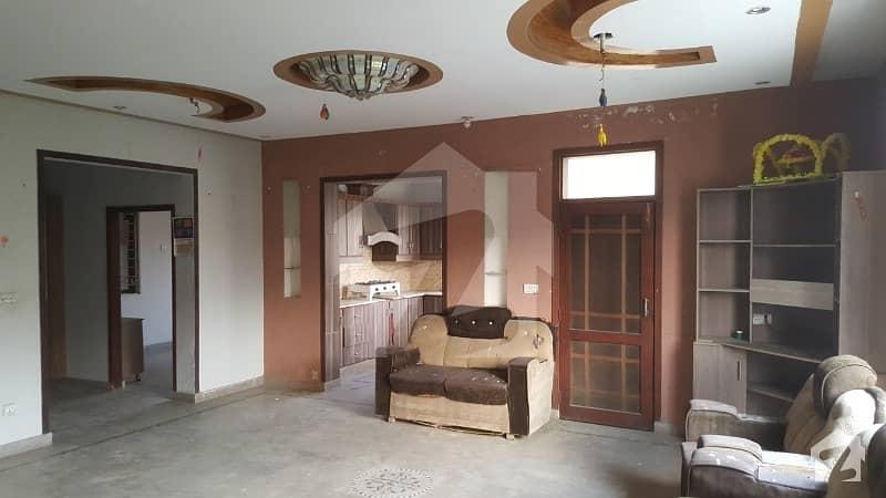 ملٹری اکاؤنٹس سوسائٹی ۔ بلاک سی ملٹری اکاؤنٹس ہاؤسنگ سوسائٹی لاہور میں 4 کمروں کا 8 مرلہ مکان 1.25 کروڑ میں برائے فروخت۔