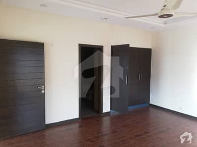 بحریہ ٹاؤن فیز 1 بحریہ ٹاؤن راولپنڈی راولپنڈی میں 2 کمروں کا 3 مرلہ فلیٹ 65 ہزار میں کرایہ پر دستیاب ہے۔