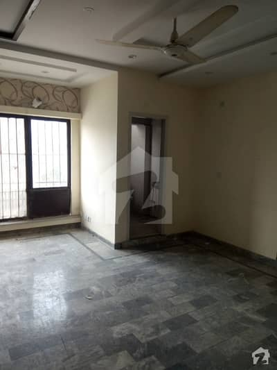 Rent Estate Offer 4 Marla Apartment 1st Floor For Rent