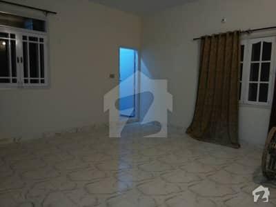 بفر زون - سیکٹر 15-A / 4 بفر زون نارتھ کراچی کراچی میں 3 کمروں کا 7 مرلہ بالائی پورشن 30 ہزار میں کرایہ پر دستیاب ہے۔