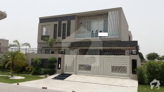 1 Kanal Luxurious Bungalow for Rent in DHA Phase 5 L Block