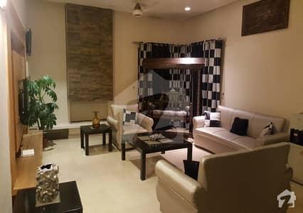 ڈی ایچ اے فیز 3 ڈیفنس (ڈی ایچ اے) لاہور میں 5 کمروں کا 1 کنال مکان 1.4 لاکھ میں کرایہ پر دستیاب ہے۔