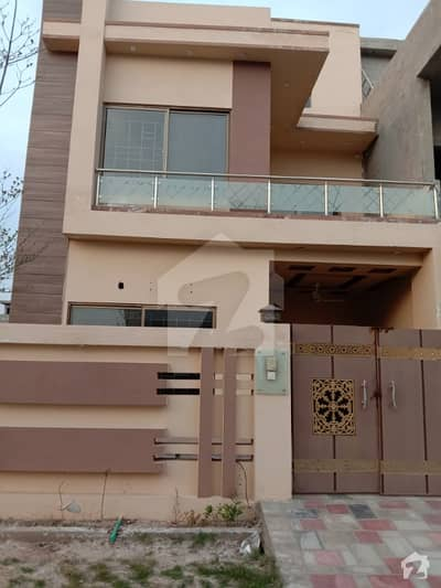 Lower Portion For Rent In Lake City Sector M7 B