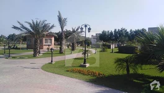 بحریہ ٹاؤن اوورسیز A بحریہ ٹاؤن اوورسیز انکلیو بحریہ ٹاؤن لاہور میں 10 مرلہ رہائشی پلاٹ 1.05 کروڑ میں برائے فروخت۔