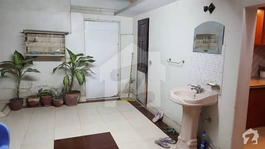 فیڈرل بی ایریا ۔ بلاک 15 فیڈرل بی ایریا کراچی میں 6 کمروں کا 5 مرلہ مکان 1.7 کروڑ میں برائے فروخت۔
