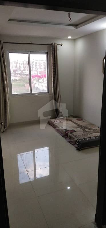 1 bed corner ready to possession 430sq. ft