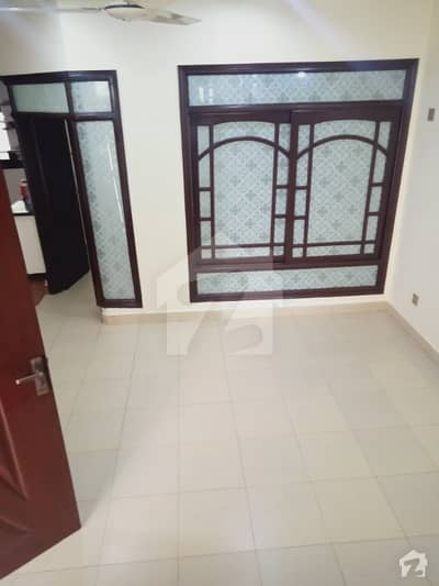 100 Sq Yards Bungalow Available For Rent