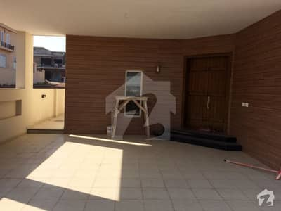 Bahria Enclave Sector A 1 Kanal Independent House With Basementfull House Available For Rent Prime Location And Beautiful View