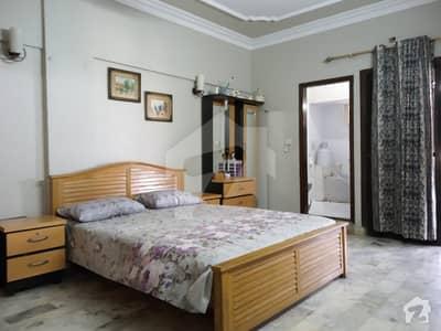 صدر صدر ٹاؤن کراچی میں 3 کمروں کا 15 مرلہ پینٹ ہاؤس 2.2 کروڑ میں برائے فروخت۔