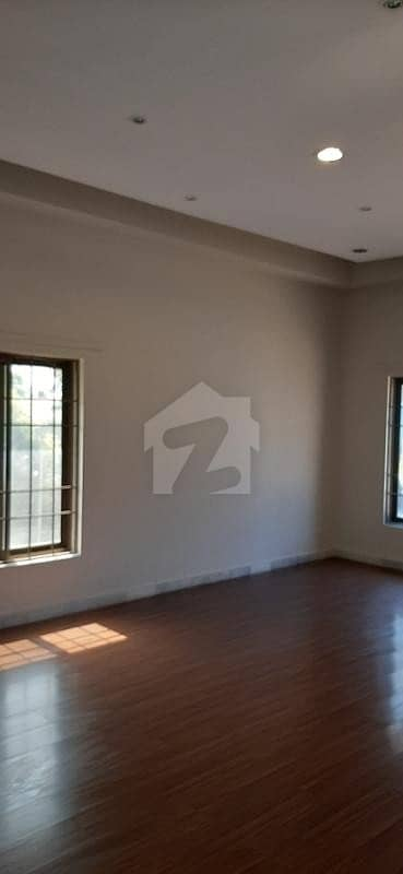666 Sq Yard House Is Available For Sale In F-10 Islamabad