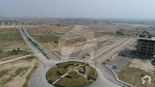 یونیورسٹی ٹاؤن ۔ بلاک ایف یونیورسٹی ٹاؤن اسلام آباد میں 5 مرلہ رہائشی پلاٹ 11.5 لاکھ میں برائے فروخت۔