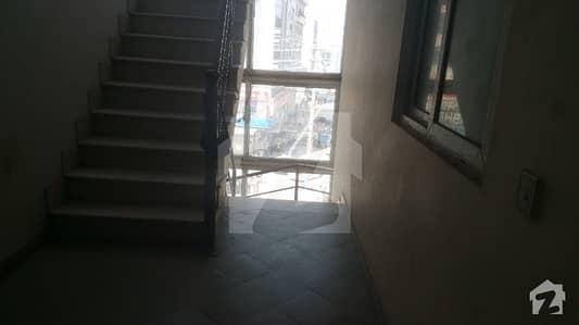 پی ڈبلیو ڈی ہاؤسنگ سکیم اسلام آباد میں 2 کمروں کا 3 مرلہ فلیٹ 35 لاکھ میں برائے فروخت۔
