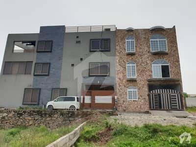 پارک روڈ اسلام آباد میں 5 کمروں کا 4 مرلہ مکان 1.1 کروڑ میں برائے فروخت۔