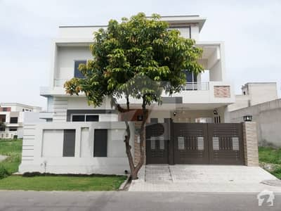 A Nicely Build Brand New 10 Marla House Is Available For Sale In Canal View Housing Scheme Sector - 3 Gujranwala