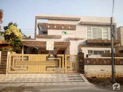 پنجاب کوآپریٹو ہاؤسنگ ۔ بلاک بی پنجاب کوآپریٹو ہاؤسنگ سوسائٹی لاہور میں 5 کمروں کا 1 کنال مکان 3.75 کروڑ میں برائے فروخت۔