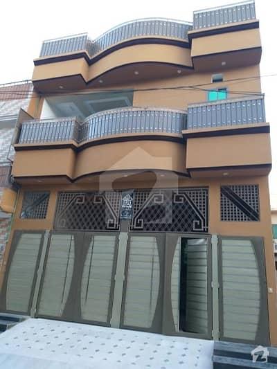 حیات آباد فیز 7 - ای5 حیات آباد فیز 7 حیات آباد پشاور میں 8 کمروں کا 5 مرلہ مکان 2.4 کروڑ میں برائے فروخت۔