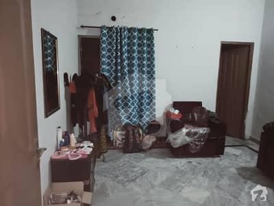 35 marla lower portion for rent seprate gate corner