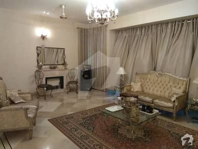F-11 - 500 Syd Fully Furnished Classical Interior 5 Bed With Attached Bath Full House Is Available For Rent