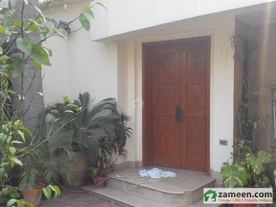 10 Marla House For Rent  Gulberg Upper  Mall Lahore