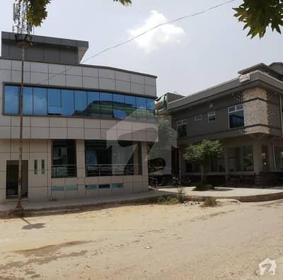 ایف ۔ 11 اسلام آباد میں 16 مرلہ عمارت 14 کروڑ میں برائے فروخت۔