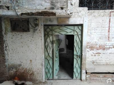 ائیرپورٹ روڈ حیدر آباد میں 6 کمروں کا 6 مرلہ مکان 70 لاکھ میں برائے فروخت۔