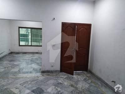لدھڑ بیدیاں روڈ لاہور میں 2 کمروں کا 5 مرلہ بالائی پورشن 18 ہزار میں کرایہ پر دستیاب ہے۔