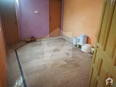 گورنمنٹ ایمپلائیز کوآپریٹو ہاؤسنگ سوسائٹی بہاولپور میں 2 کمروں کا 7 مرلہ مکان 18 ہزار میں کرایہ پر دستیاب ہے۔