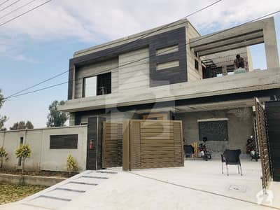 Excellent Opportunity Triple Story Solid Construction House For Sale In Model Town - Block S Lda Approved With All Utilities At 215 Lac Demand