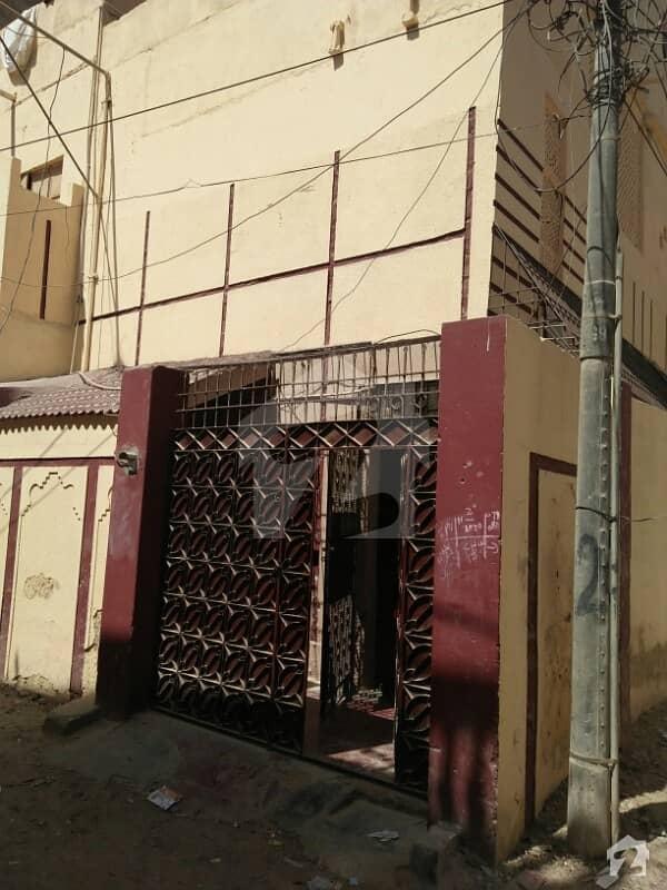 اندہ موڑ روڈ کراچی میں 8 کمروں کا 3 مرلہ مکان 70 لاکھ میں برائے فروخت۔