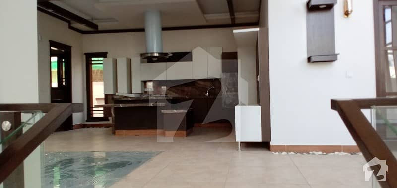 1000 Sq Yards Outclass Brand New Bungalow For Sale