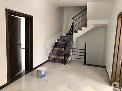 بحریہ انکلیو - سیکٹر بی1 بحریہ انکلیو بحریہ ٹاؤن اسلام آباد میں 3 کمروں کا 5 مرلہ مکان 1.5 کروڑ میں برائے فروخت۔