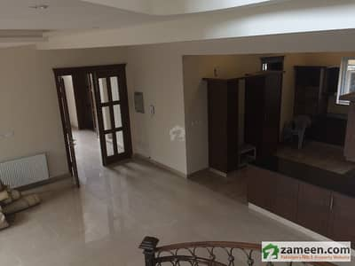 F7/1 Brand New Size 500 Yd Architect Design Triple Storey Owner Build House Prime Location 8 Bedrooms With Attached Stylish Jacuzzi
