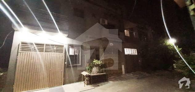 لالہ زار لاہور میں 3 کمروں کا 3 مرلہ مکان 65 لاکھ میں برائے فروخت۔