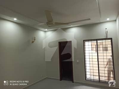ڈیوائن گارڈنز لاہور میں 3 کمروں کا 8 مرلہ مکان 1.85 کروڑ میں برائے فروخت۔