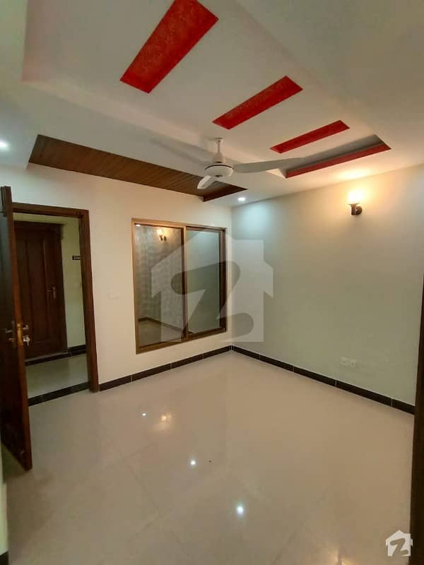 Flat For Rent 2 Bedroom Good Location New Apartment
