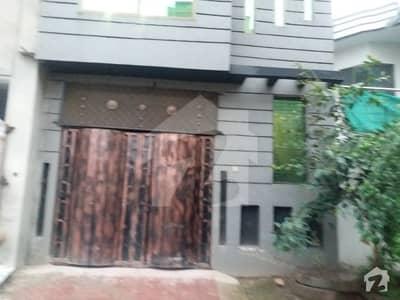 ورسک روڈ پشاور میں 3 کمروں کا 3 مرلہ مکان 23 ہزار میں کرایہ پر دستیاب ہے۔