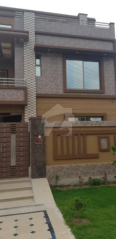 10 Marla New House Is Available For Rent