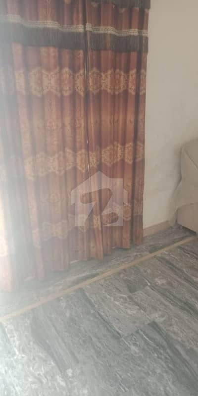 شیراز ٹاؤن لاہور میں 5 کمروں کا 3 مرلہ مکان 62 لاکھ میں برائے فروخت۔