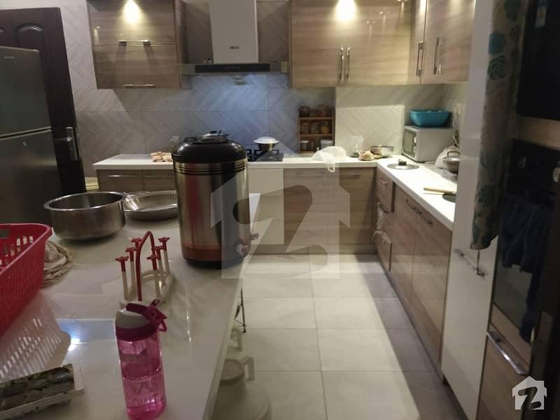 ایف ۔ 11 اسلام آباد میں 6 کمروں کا 1 کنال مکان 8.5 کروڑ میں برائے فروخت۔