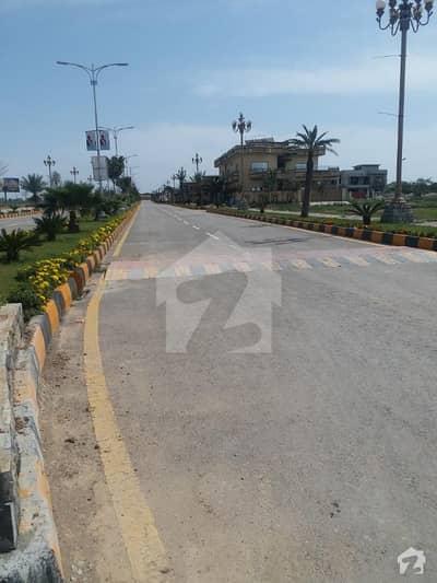 ایف ۔ 17 اسلام آباد میں 10 مرلہ رہائشی پلاٹ 65 لاکھ میں برائے فروخت۔