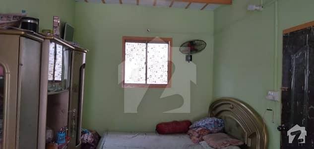 لیاقت آباد - بلاک 9 لیاقت آباد کراچی میں 3 کمروں کا 4 مرلہ مکان 60 لاکھ میں برائے فروخت۔