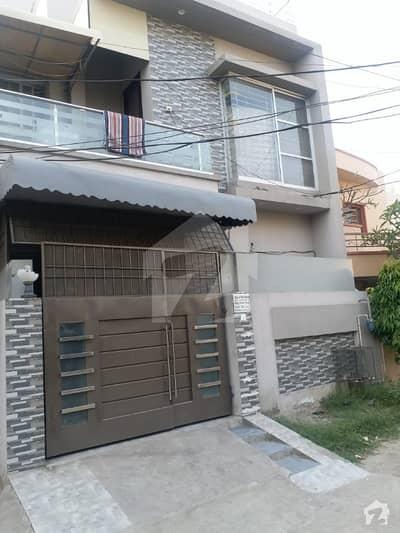علی پارک کینٹ لاہور میں 3 کمروں کا 4 مرلہ مکان 1.2 کروڑ میں برائے فروخت۔