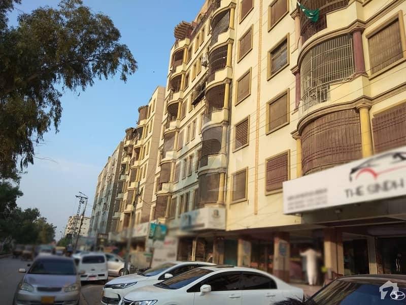 عبداللہ پیلس قاسم آباد حیدر آباد میں 2 مرلہ دکان 1.35 کروڑ میں برائے فروخت۔