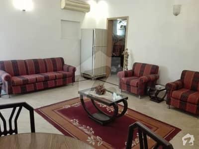 ڈی ایچ اے فیز 4 ڈیفنس (ڈی ایچ اے) لاہور میں 2 کمروں کا 1 کنال بالائی پورشن 55 ہزار میں کرایہ پر دستیاب ہے۔
